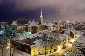 old_tallinn_in_winter_440